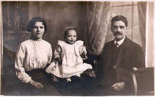 AJP, Elisie, Amy 1914